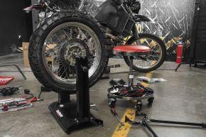 Bikemaster Wheel Balancer and Truing Stand - Black